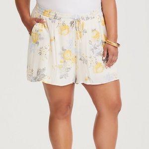 Torrid Yellow Floral Gauze Shorts Size 2 (2X)
